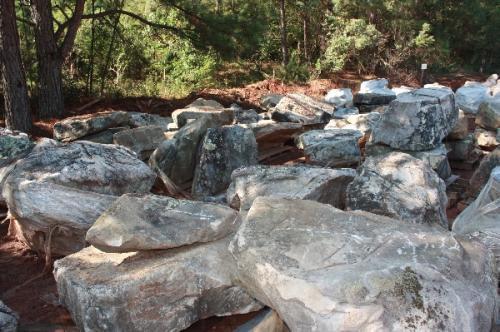 Lg Boulders D